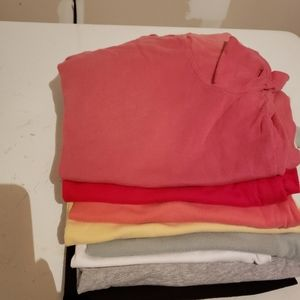 Lot of 8 tshirtsred, yellow, black, gray, sage